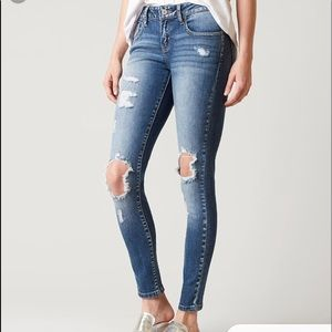Kancan jeans size 28 low rise skinny stretch